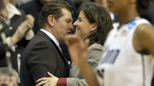 This Time, Geno Takes UConn Women To Rizzotti's House