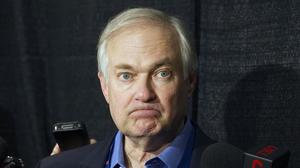 NHL players vote to authorize effort to dissolve their union