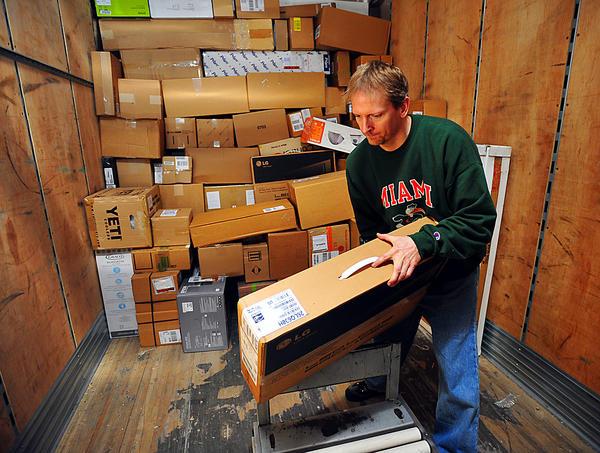 FedEx Package Handler Reviews Page 2 of 7 | CareerBliss