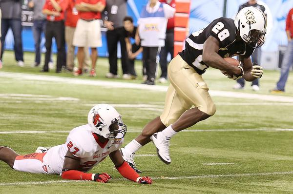 UCF running back Latavius Murray scores a touchdown during the Beef O'Brady's Bowl game of UCF versus Ball State at Tropicana Field in St. Petersburg, Florida, on Friday, December 21, 2012. UCF won the game 38-17.