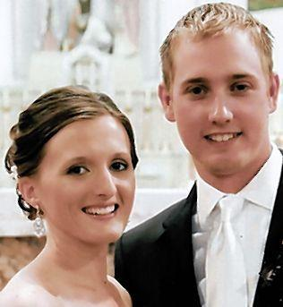 Matt Campbell and Kayla Woods were married September 1st at Sacred Heart Church, Aberdeen. Parents of the couple are Jim and Laurie Campbell of Aberdeen, and Dave and Mary Woods of Aberdeen. The couple resides in Sioux Falls.