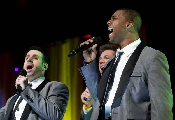 Allentown native Jerome Collins performs with Straight No Chaser at Miller Symphony Hall on Sunday.