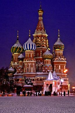 St. Basil's Cathedral crowns Moscow's Red Square like a colorful gingerbread house. Fitting, as Moscow is becoming a hot food town.