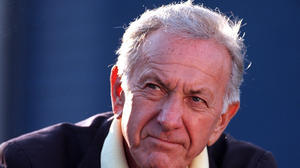 Jack Klugman dies at 90; star of TV's 'The Odd Couple,' 'Quincy'