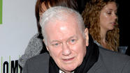 "Charles Durning, a Tony Award-winning actor whose <a href=""http://lat.ms/TV7EYO"">prolific work in films and television</a> included supporting roles in the classic comedy ""Tootsie"" and the TV sitcom ""Evening Shade,"" died Monday. He was 89."