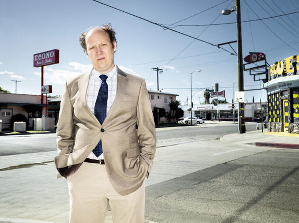 "Dan Bakkedahl co-stars in FX's comedy, ""Legit,"" which premieres Jan. 17. He plays Steve, the neurotic best friend of comedian Jim Jefferies and brother of Billy (DJ Qualls). Bakkedahl started his comedy career in Chicago, working for five years at Second City where he wrote and performed in its 90th revue, ""Doors Open on the Right."" He is also a founding member of improv groups ZUMPF, 4 Square and Train Wreck at IO (formerly Improv Olympic). 