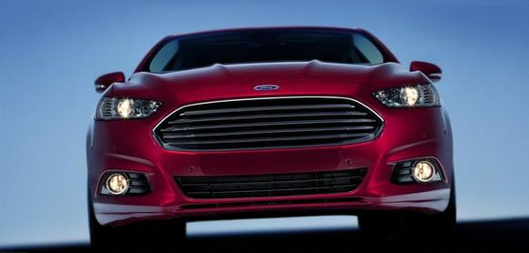 The turbocharged Ford Fusion can't match the fuel economy and acceleration of non-turbo rivals such as the Honda Accord and Nissan Altima, according to Consumer Reports.