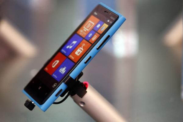 Nokia introduced its new Lumia 920 with an impressive ad showing the phone's video and night vision recording capabilities. Unfortunately, the ad wasn't shot with Lumia 920.