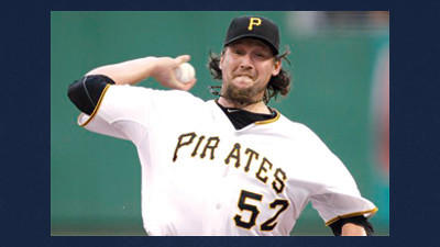 The Pittsburgh Pirates traded All-Star closer Joel Hanrahan to the Boston Red Sox in a six-player deal Wednesday.