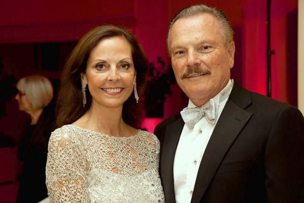 Vicki and Jim Coufos, chairman of the Hoag Hospital Foundation, support the 2012 Christmas Carol Ball.