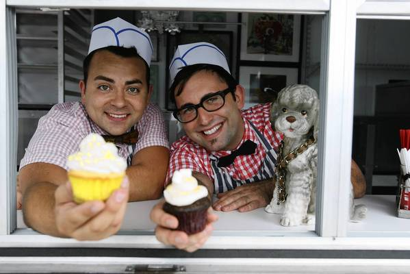 Follow the Yum Yum Cupcake Truck at theyumyumcupcaketruck.com and on Facebook.