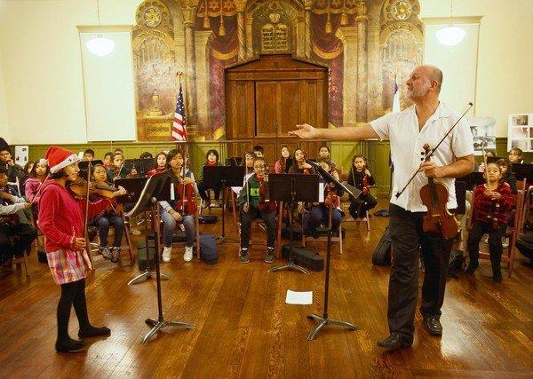 A Times reader applauded this photograph of a Boyle Heights Youth Orchestra rehearsal at the Breed Street Shul.