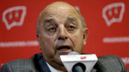 Coaching at Rose Bowl never gets old for Wisconsin's Barry Alvarez