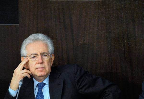 Italian Prime Minister Mario Monti, who had said he wouldn't participate in February's elections, reversed that decision Friday.