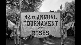 <b>Photos: </b>1933 Rose Parade -- `Fairy Tales in Flowers'