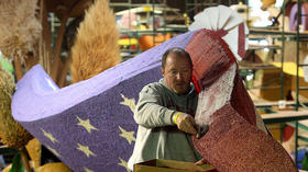 <b>Photos:</b> Preparation for the 124th Rose Parade