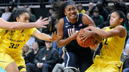 UConn Women Cruise To 95-51 Victory At Oregon