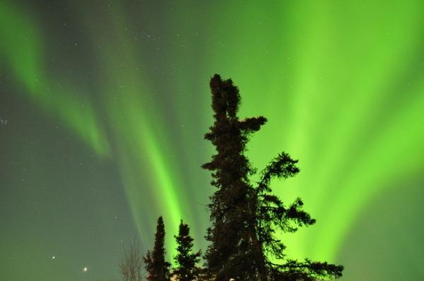 "<a href=""http://www.ktuu.com/news/photo-gallery-alaska-northern-lights-from-solar-flares-ktuu-20120309,0,4993118.photogallery""> 03/09: Alaska Northern Lights from the solar flares. Click here to view this photo gallery</a>"