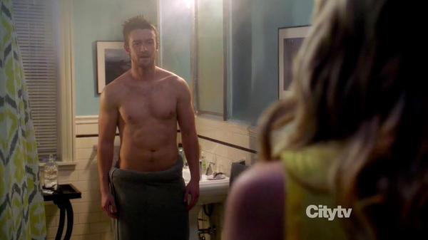 "Robert Buckley in ABC's ""666 Park Avenue"""
