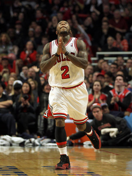 Nate Robinson reacts after making a 3-pointer during Monday's game.