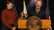 'Modern Family' actor in Chicago in support of gay marriage