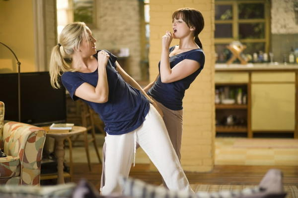 "In the book and later in the romantic comedy adaptation of ""Something Borrowed,"" Notre Dame plays a major role. Ginnifer Goodwin's (right)character isn't accepted into Notre Dame law school, which is depicted as a crushing event because her competitive best friend (Kate Hudson, left) manages to get in."