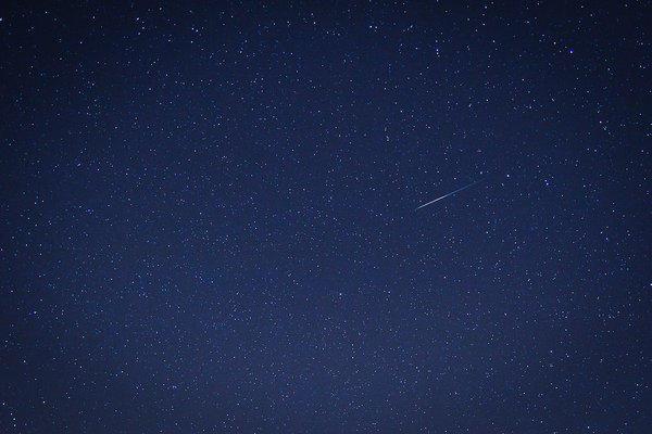 A Quadrantid meteor streaks across the sky Jan. 4, 2012.