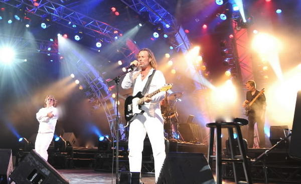 "Stayin' Alive, the Bee Gees tribute band, is keeping disco alive performing the hits of the Gibb brothers -- ""You Should Be Dancing,"" ""Jive Talkin'"" and ""How Deep Is Your Love."" Reviews of Stayin' Alive say the harmonies, the band and the entire show create a polyester party as authentic as Barry, Robin and Maurice themselves. <br><br><b> Why go: </b>To remember the Bee Gees, who lost another member/brother in 2012, Robin. <br><br><b> Reconsider:</b> You used up all your ""Night Fever"" energy on New Year's Eve. <br><br><b> 8 p.m. Saturday at Metropolis Performing Arts Centre, 111 W. Campbell St., Arlington Heights; $35-$40; 847-577-2121, metropolisarts.com</b>"