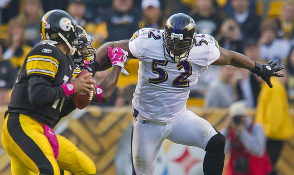 Ravens linebacker Ray Lewis glares at Steelers quarterback Charlie Batch in 2010, when the Ravens shocked the Steelers with a 17-14 victory.