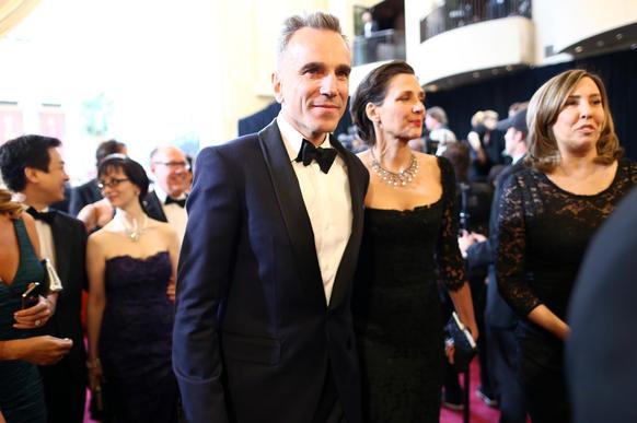 """<h3>Wins:</h3><br> <ul class=""""unstyled"""" id=""""emmy-wins"""">         <li><!-- Win --></li> </ul> <br> <h3>Nominations:</h3><br> <ul class=""""unstyled"""" id=""""emmy-nominations"""">     <li>Best picture: Steven Spielberg and Kathleen Kennedy, producers</li>     <li>Actor in a leading role: Daniel Day-Lewis</li>     <li>Actor in a supporting role: Tommy Lee Jones</li>     <li>Actress in a supporting role: Sally Field</li>     <li>Cinematography: Janusz Kaminski</li>     <li>Costume design: Joanna Johnston</li>     <li>Directing: Steven Spielberg</li>     <li>Film editing: Michael Kahn</li>     <li>Music (original score): John Williams</li>     <li>Production design: Rick Carter (production design), Jim Erickson (set decoration)</li>     <li>Sound mixing: Andy Nelson, Gary Rydstrom and Ronald Judkins</li>     <li>Writing (adapted screenplay): Tony Kushner</li> </ul>"""