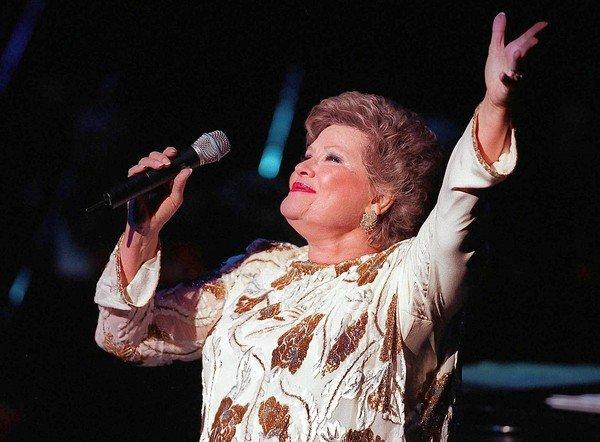 Patti Page performs at the Cerritos Center for the Performing Arts in 1998.