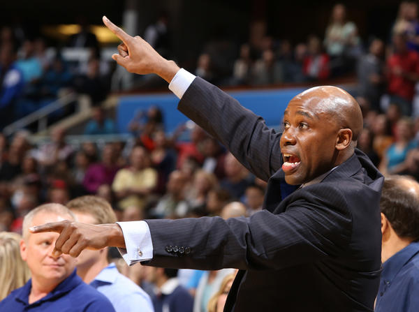 Orlando head coach Jacque Vaughn calls plays from the sidelines during the final seconds of the Magic's 96-94 loss to the Chicago Bulls in Orlando, Fla.