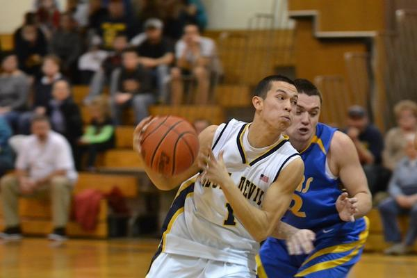 Greencastle-Antrim's Zach Faulkner (1) drives into the lane in the first quarter of Wednesday's game.