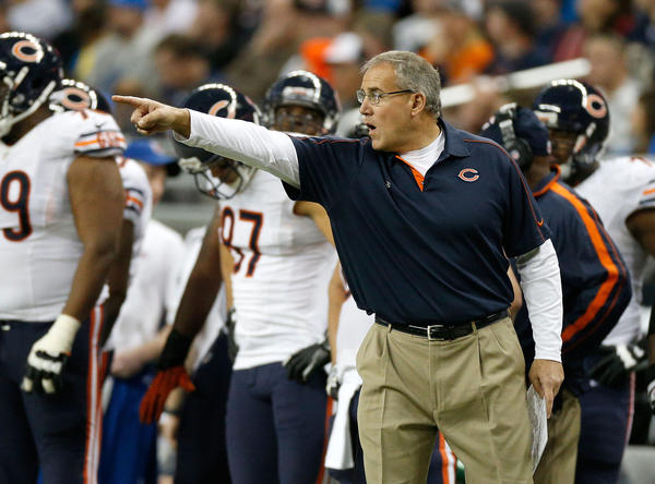 Chicago Bars special Teams coach Dave Toub directs his players during the Dec. 30 game against the Lions.