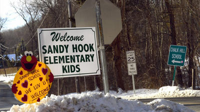Sandy Hook students return to school amid counselors, security