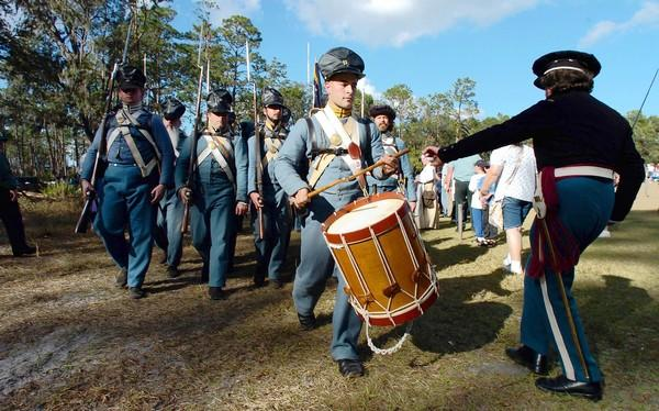 Battle re-enactment of the first battle of the Second Seminole War at the Dade Battlefield Historic State Park on Sunday, January 2, 2005. On Dec. 28, 1835, 180 Seminole warriors ambushed Maj. Francis Langhorne Dade, seven officers and 100 soldiers. This battle, known as Dade's Massacre, marked the beginning of the seven-year war between the United States and the Seminole Nation.