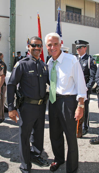 Fort Lauderdale Police Chief Frank Adderley, left. Charlie Crist, right.