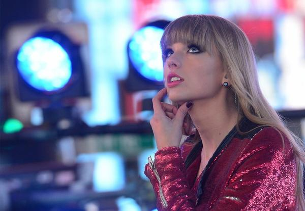 """Taylor Swift rings in the new year with the knowledge that her record """"Red"""" was the second-best selling album of 2012."""