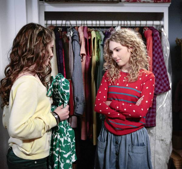 "Stefania Owen, left, as Dorrit and AnnaSophia Robb as Carrie in ""The Carrie Diaries"" on the CW."