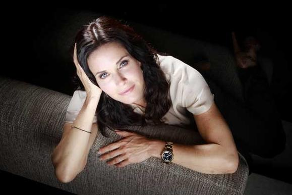 Friday's TV Talk Shows: Courteney Cox; Warren Buffett; Timothy Olyphant