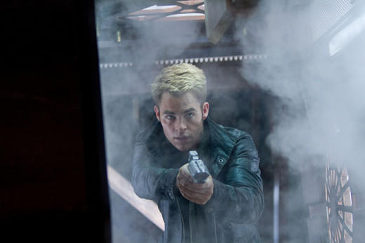 'Star Trek Into Darkness': Kirk on QonoS.