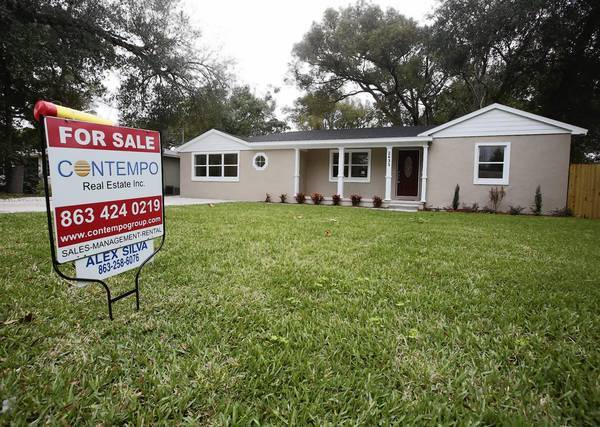 Forclosed homes in Orlando that are being sold by banks at a discount.