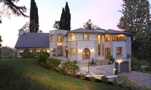 Kara DioGuardi renovated the Studio City house, which was originally built in 1923.