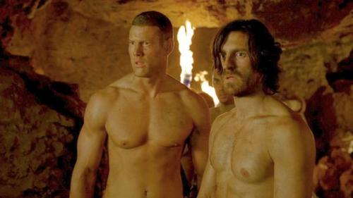 Tom Hopper and Eoin Macken spend most of Episodes 1 and 2 of Season 5 just like this. And that's fine by me.