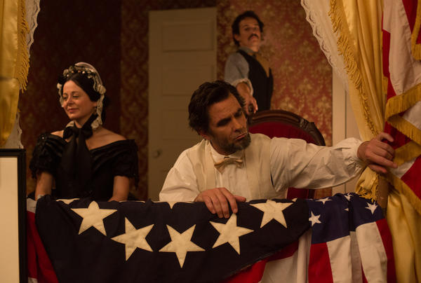 "Billy Campbell, center, plays Abraham Lincoln in the National Geographic Channel's docudrama ""Killing Lincoln."""