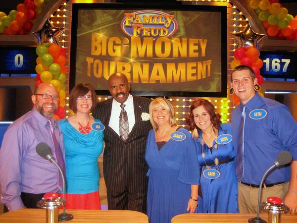 From left to right: Rod Windham, Jill Windham, Family Feud host Steve Harvey, team leader Janice Speegle, Lori Adgate and Seth Adgate.