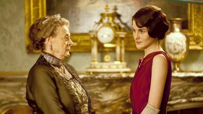 Review: A return to old ways at 'Downton Abbey'