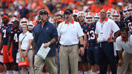 CHAMPAIGN -- Following an offensively limp season, Illinois have dismissed co-offensive coordinator Chris Beatty.