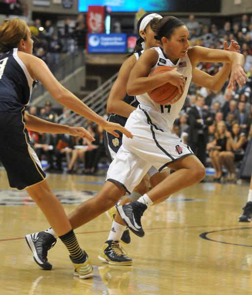 UConn's Bria Hartley drives to the basket against Notre Dame at Gampel Pavilion Saturday afternoon.