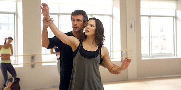 Jack Davenport as Derek Wills and Katharine McPhee as Karen Cartwright.